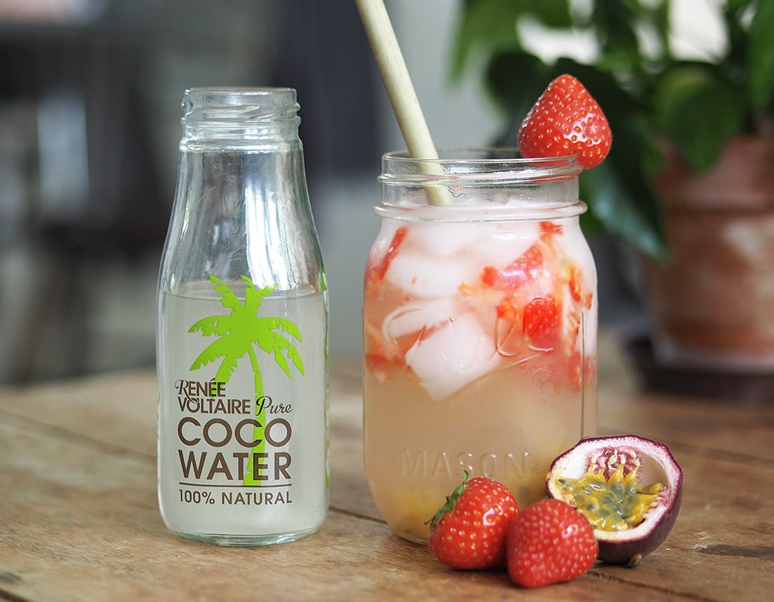 fruktig juice kokosvatten