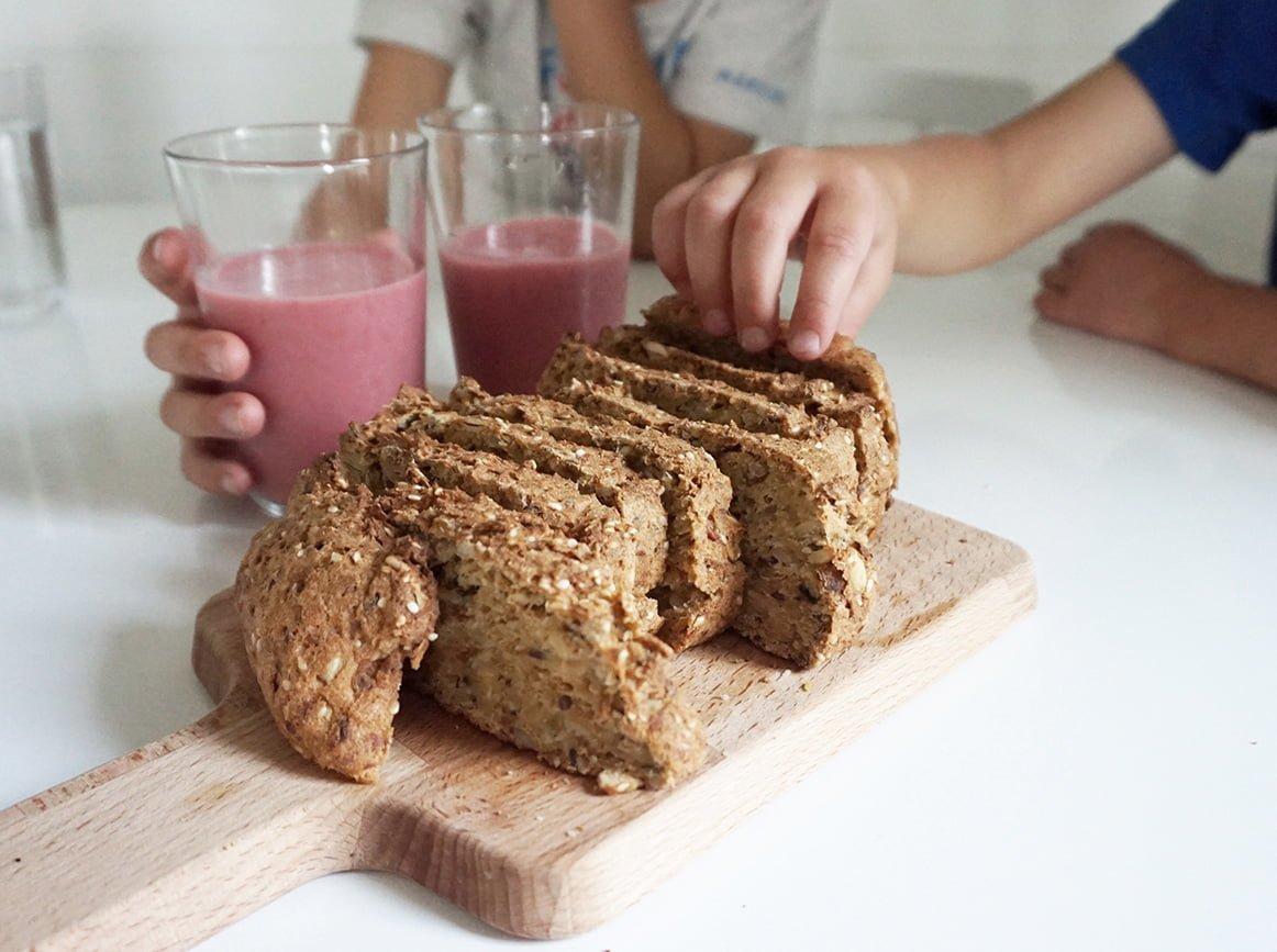 glutenfritt-bröd-smoothie