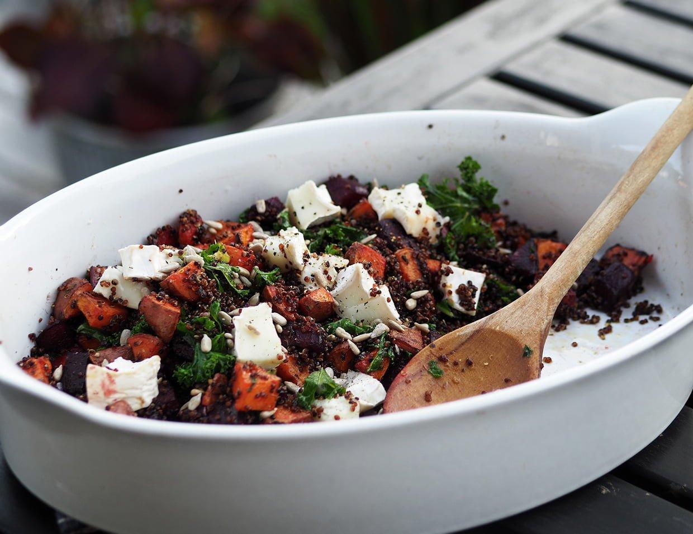 Rotfruktssallad med grönkål quinoa