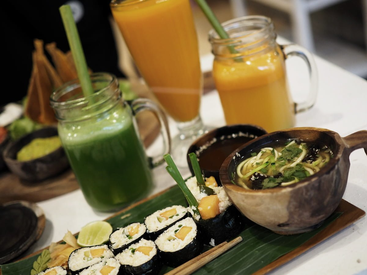 alchemy raw food bali ubud
