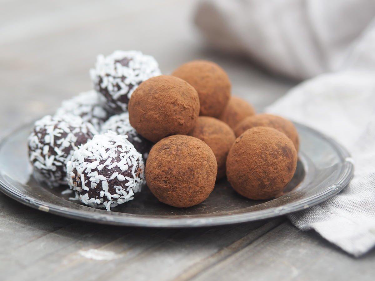 Chokladbollar dadlar recept