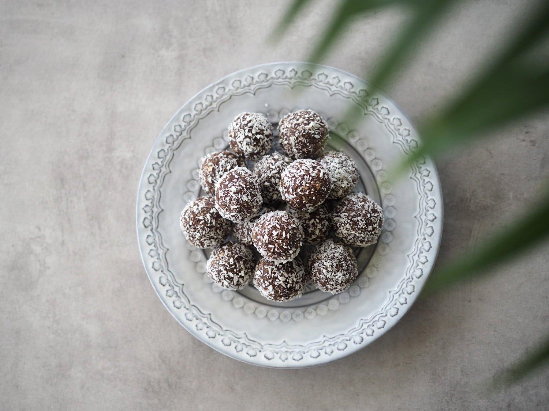 nyttiga chokladbollar naturligt sötade