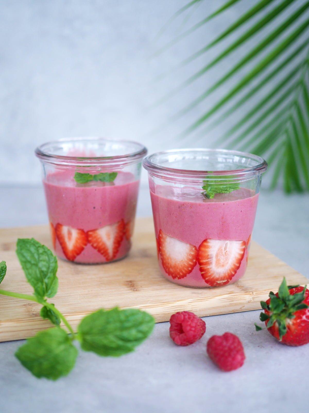 nyttig smoothie med jordgubbar