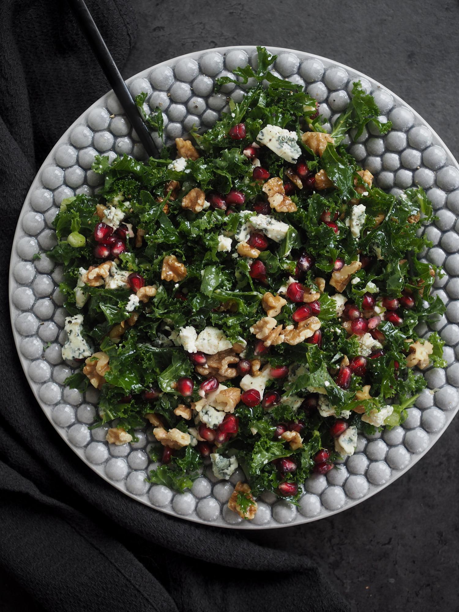 julsallad med grönkål och ädelost