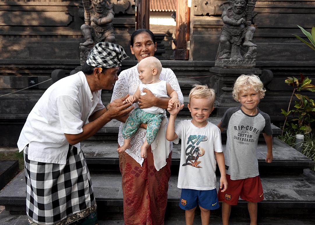 bali guide barn